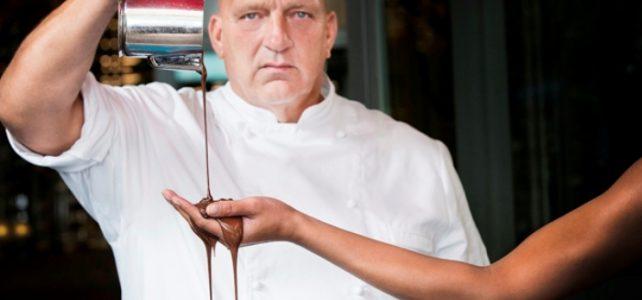 Herman den Blijker over chocoladeletters